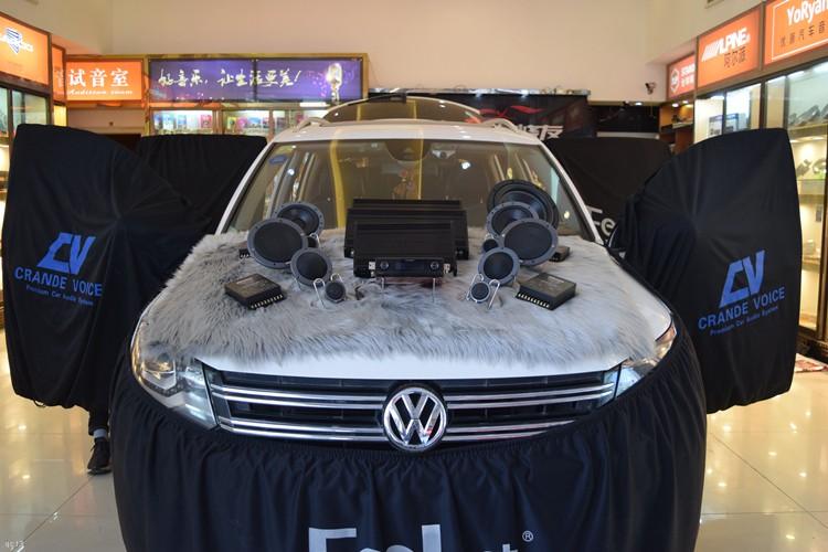 大众途观汽车音响改装丹拿342三分频系统,昆明发烧友汽车音响