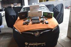 昆明发烧友汽车音响改装:别克GL6汽车音响改装丹拿喇叭、DSP和超薄低音!